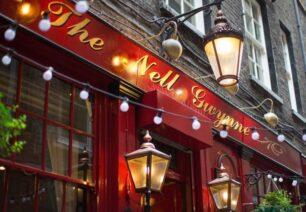 he Nell Gwynne, Covent Garden